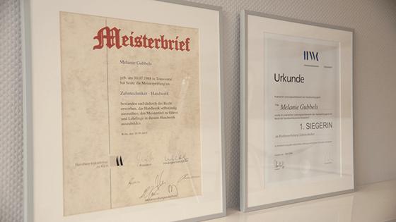 Meisterbrief und Urkunde